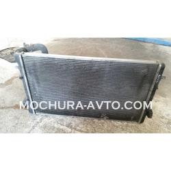 Воден радиатор VW Bora 98-04г 2.3 бензин 150к.с.
